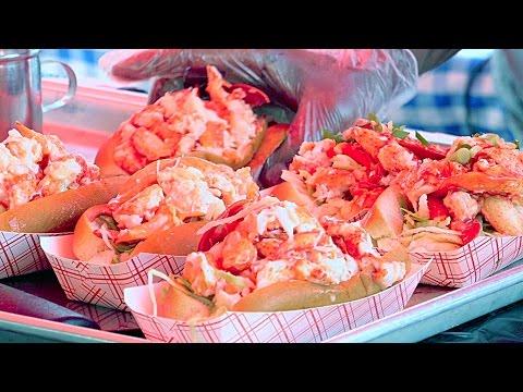 New York City Street Food - Lobster Roll thumbnail
