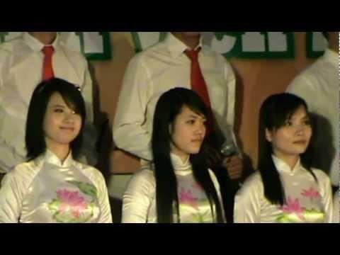 Múa hát tốp ca: Đến với con người VIệt Nam tôi- Lớp 54bkto- DHLN.mp4
