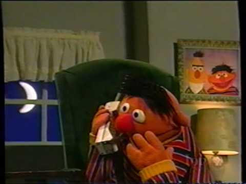 Sesame Street Ernie Misplaces Rubber Duckie Youtube