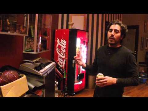 Studio Tour @ Sonic Pump Studios, Helsinki (Subtitulado al español)