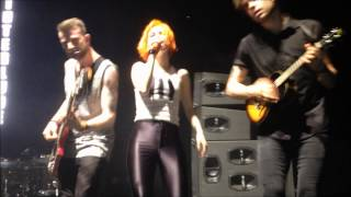 Paramore Interlude: Holiday, Sydney Allphones Arena 2014