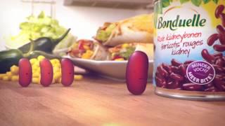 Bonduelle Intro Boon zoekt Jou(Klik hier en vind de boon van je dromen! http://bit.ly/Boon_Zoekt_Jou Met de bonen van Bonduelle kun je alle kanten op. Je kunt er verrassend veel mee ..., 2012-10-23T11:51:50.000Z)