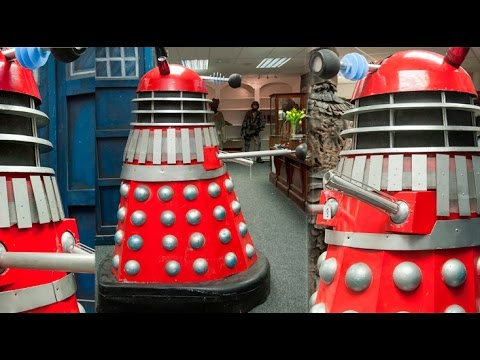 1966 Doctor Who Dalek sells at auction in UK (with commentary)