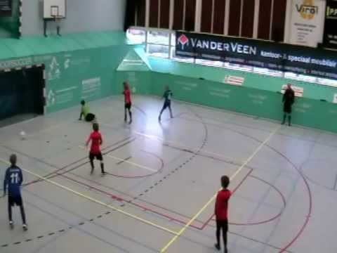 ACV  D1 Zuidlaarderveen D1 Indoor Soccer Toernooi Winschoten 3 01 2013.wmv