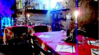 Wine Tour in Tuscany: Dinner in Roman era vaults in Volterra