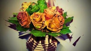 Розы из кленовых листьев. Roses from maple leaves.