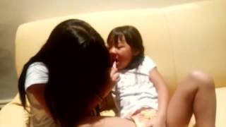 Her sister blushed her teeth. Her sister is like Mother.