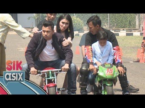 Ayu Ting Ting Takut Nih Dibonceng Motor Sama Raffi Ahmad  - Sik Asix (18/11)