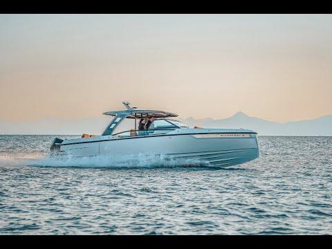 Saxdor 320 GTO - a glamorous fast cruiser