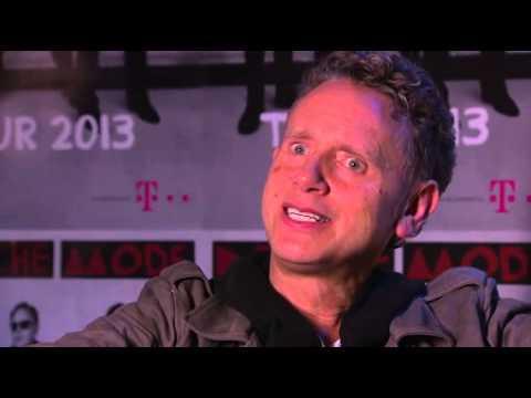 """Der Grenzbeamte schrie: """"Zurück nach West-Berlin!"""" / Martin Gore, Depeche Mode im Interview mit Electronic Beats by Telekom"""