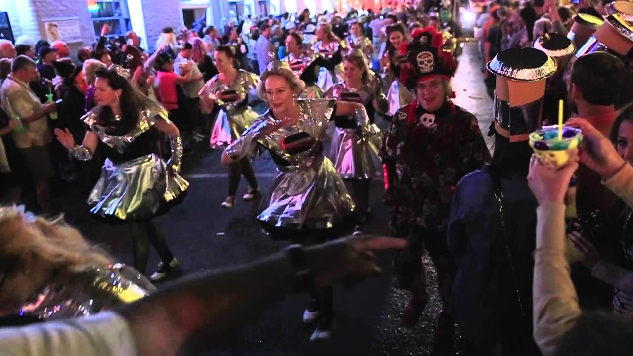 Halloween night on Bourbon St. in New Orleans - YouTube