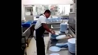 Как помыть 50 тарелок за 10 секунд