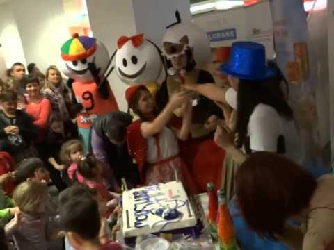 Tort aniversar MiniArtShow 2 ani (Mall Vitan)