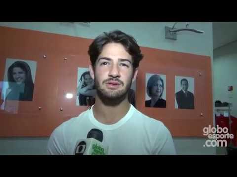 || FUTEBOL || Entrevista com Alexandre Pato na passagem pelo São Paulo (Bastidores Globo Esporte)