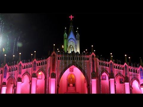 Christmas Eve 2016 at Mount Mary Church, Bandra | Mumbai Attractions
