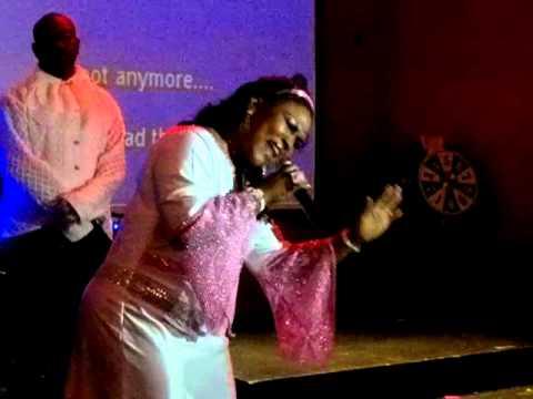 MR1DERFUL-KARAOKE-KINGS CASINO Antigua-2011-ARLLINE HENRY (Whitney Houston - Try it on my own).mp4
