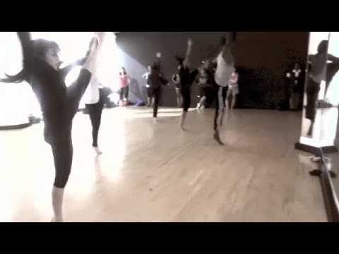 Tyrell Rolle Int Jazz class at IDA