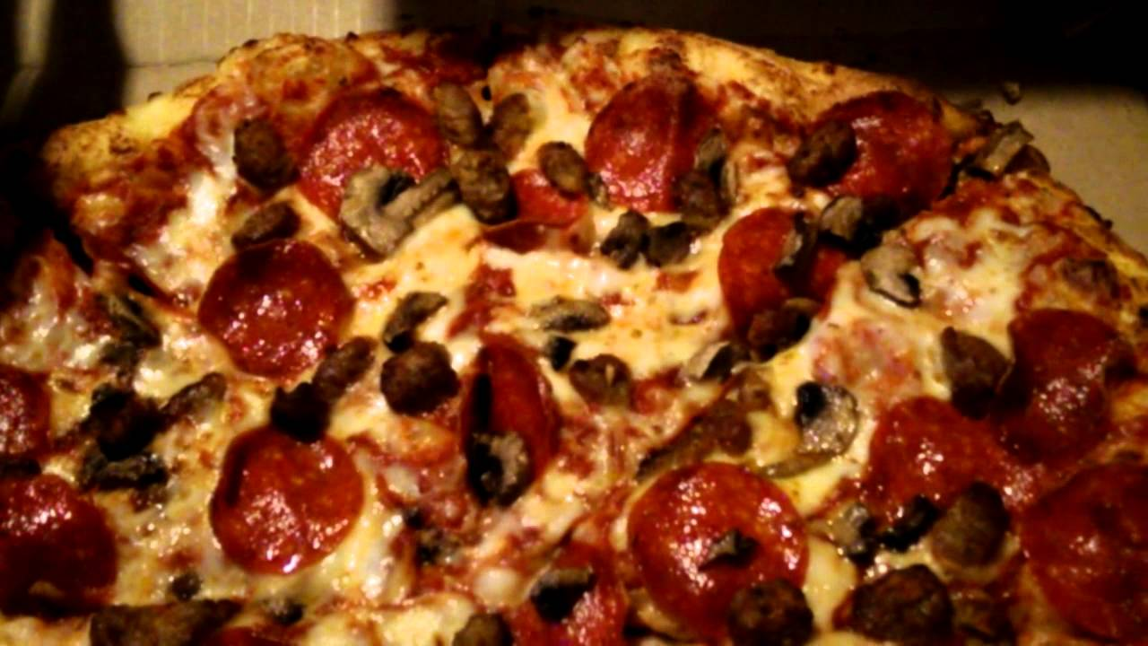 DOMINOS LARGE 3 TOPPING