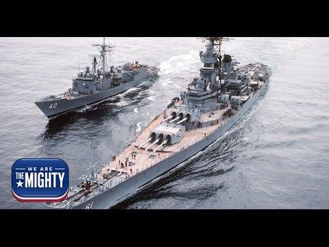 USS America vs Battleship Iowa - the difference of 70 years