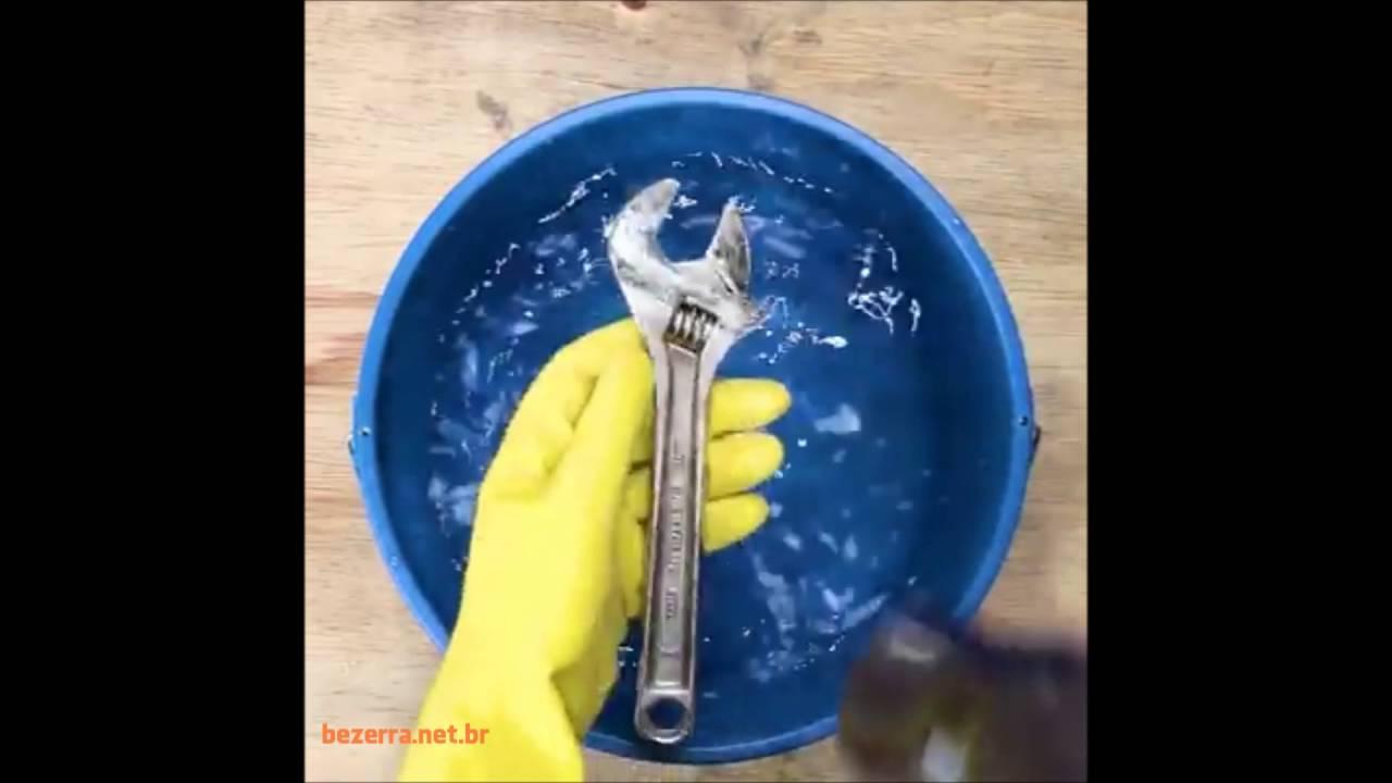Como remover a ferrugem das suas ferramentas  - YouTube 55dd3d618c