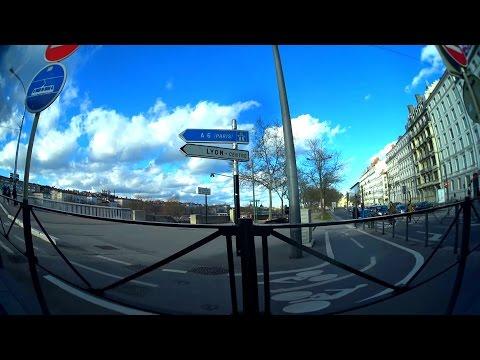 Tramway de Lyon - Line T1- side view, Lyon, France