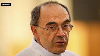 فرنسا توقف التحقيق مع أسقف ليون المتهم باعتداءات جنسية على أطفال