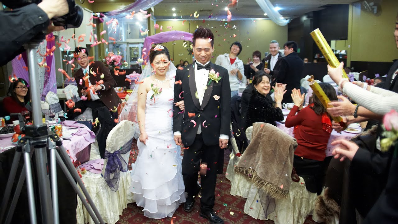 Bride And Groom Entrance At A Chinese Wedding Reception Toronto Videographer Photographer You