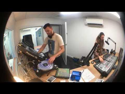Dj Tom Loud aka Hot Dub - LIVE 17 Full Mini Set 92.5 Radio Fresh Adelaide Australia