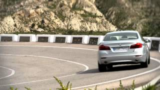 2013 BMW 5 Series Facelift Video(Video of the facelift for the 2013 BMW 5 Series. Saloon, GT and Touring. More details & Hi-Res photos at ..., 2013-05-19T13:23:23.000Z)