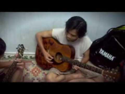Mua-thuy-tinh-3guitar