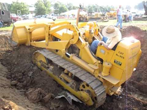 Caterpillar 955 digging at Rough & Tumble August 20, 2010