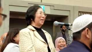 Video Dr. Zakir Naik - Japanese woman asked about muslim's cloth download MP3, 3GP, MP4, WEBM, AVI, FLV September 2017