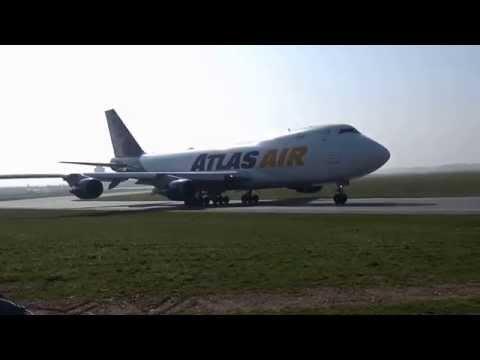 Flughafen Graz Takeoff Boeing 747-400F AtlasAir Etihad Cargo