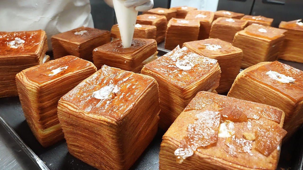 하루 150개씩 팔리는 명물 빵? 72겹 빵에 생크림까지 터지도록 넣어주는 식빵┃72-ply whipping cream Pastry bread-Korean street food