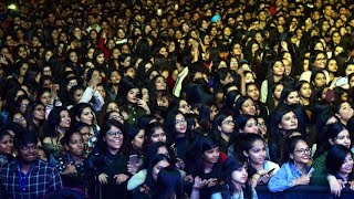 Students Performance at Lady Irwin College Annual Cultural Fest 2019   Ayushmann Khurana Sings live