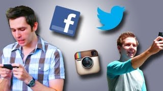 SIGNS YOU USE SOCIAL SITES TOO MUCH!