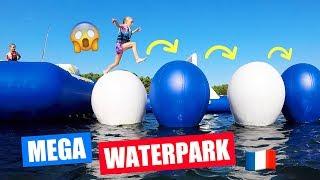 LOL in een MEGA XXL WATERPARK in FRANKRIJK!! [Reuze Glijbanen, Stormbaan en Meer!]♥DeZoeteZusjes♥