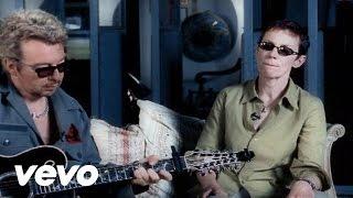 Baixar Eurythmics - 17 Again (Acoustic Version)
