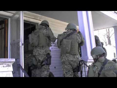 SWAT NTOA Police Training Bristol 4-3-2012.mov