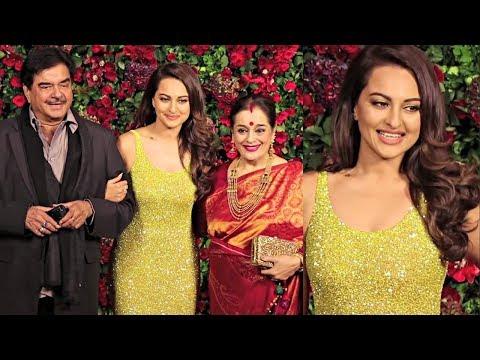 Sonakshi Sinha With Family At Deepika Padukone And  Ranveer Singh Wedding Reception