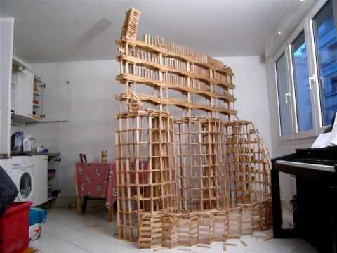 Kapla destruction serpent youtube for Construire une maison en kapla