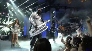 Black Eyed Peas - Meet Me Halfway - New Year's 2010 Hd