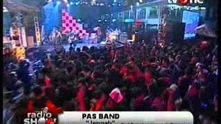 PAS Band - Kembali/Jengah @RadioShow_tvOne 2012 06 06 00 53 31