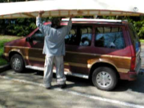 canoe is easy to lift onto roofrack