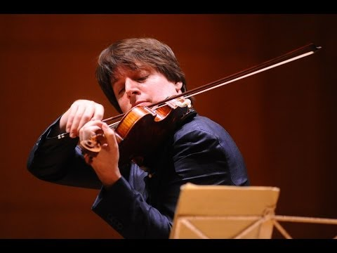 Violinist Joshua Bell turns train station into concert hall