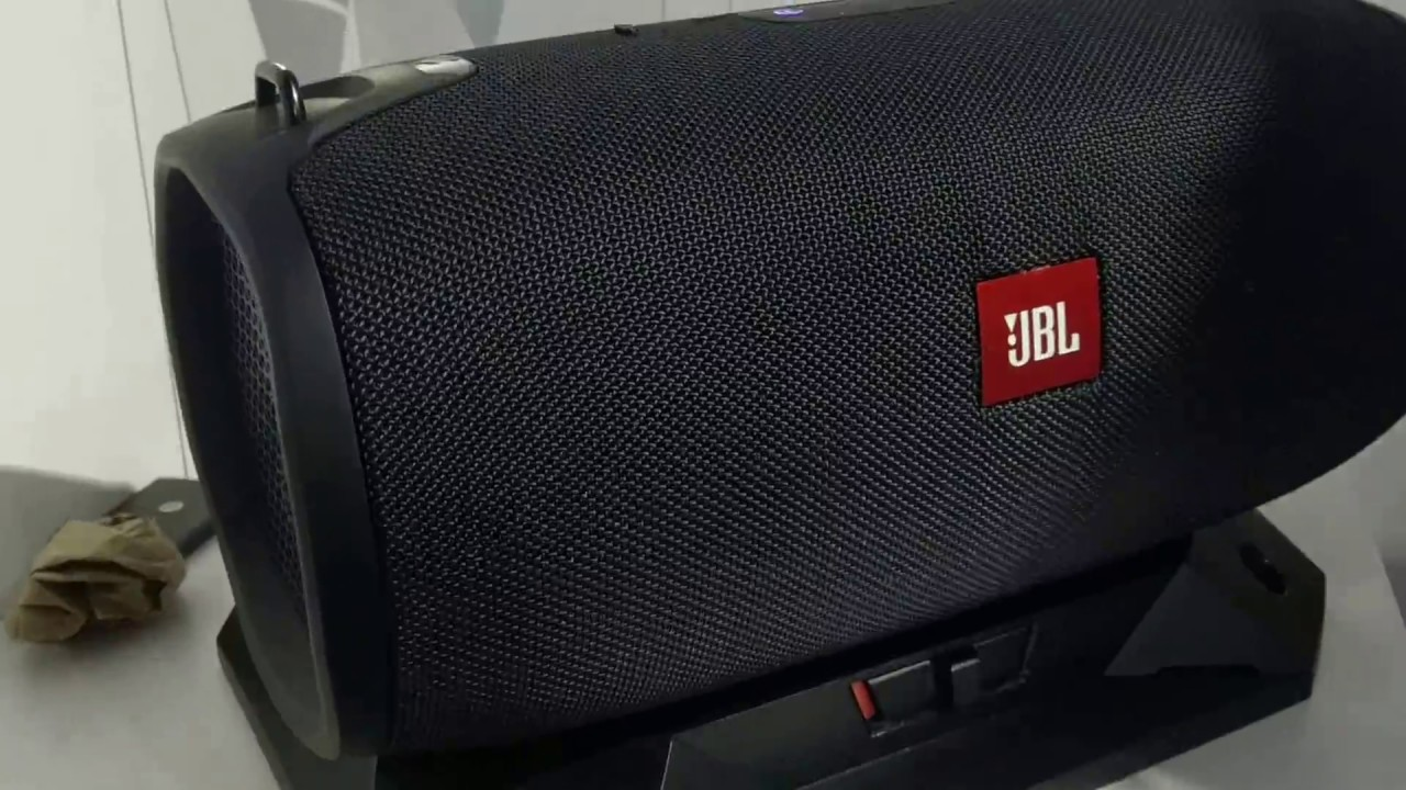 jbl basspro go mega bluetooth speaker with dock out. Black Bedroom Furniture Sets. Home Design Ideas
