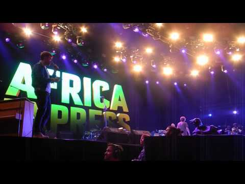 Africa Express@Roskilde'15: Damon Albarn being carried off stage
