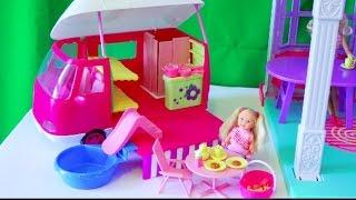 Приключения Челси, обзор игровой набор кемпер Еви, Видео с куклами для девочек, серия 14