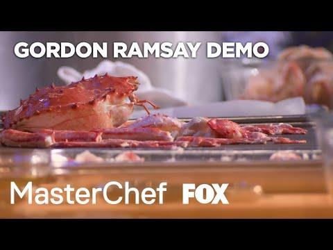 Gordon & Morimoto Demonstrate How To Shuck A Crab | Season 10 Ep. 12 | MASTERCHEF