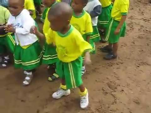 Download Igbo Boy Dancing in Aba, Nigeria
